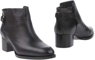 Veronique Branquinho Ankle boots - Item 11221941TV