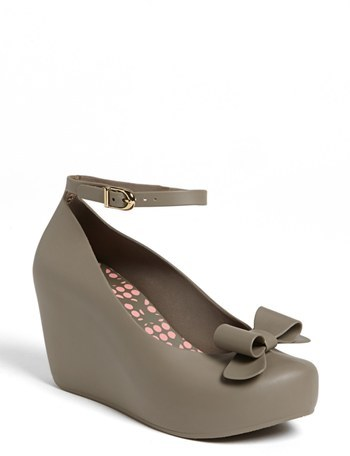 Mel by Melissa 'Toffee Apple II' Mary Jane Wedge