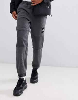 The North Face Denali Fleece Pant in Gray
