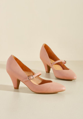Chelsea Crew Reserved for Rollicking Heel in Rose in 37 $69.99 thestylecure.com