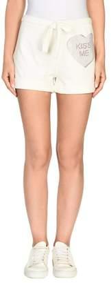 e.vil Shorts