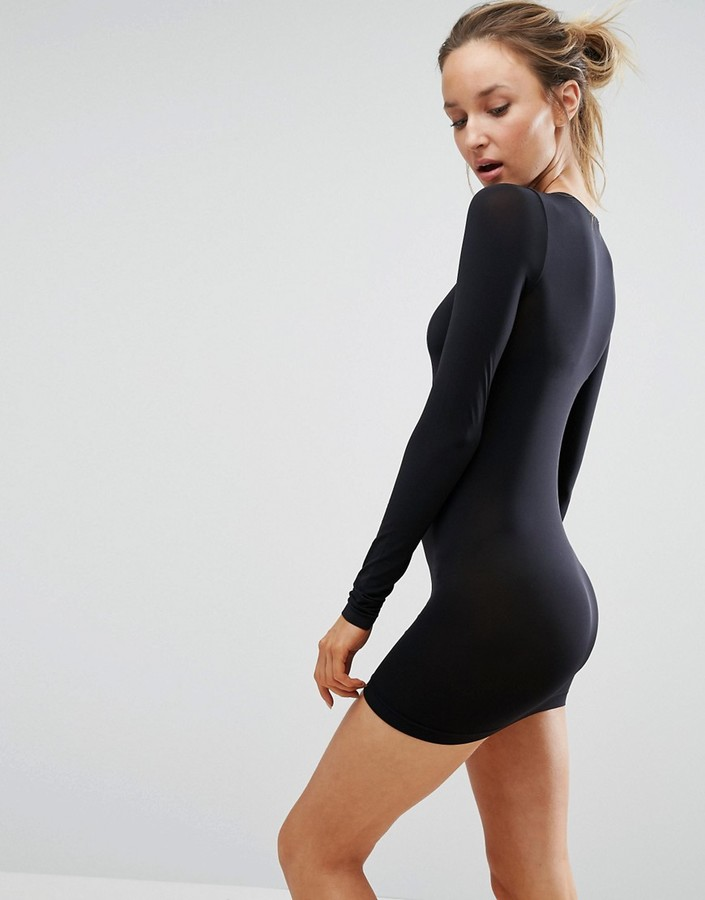single women in wolford Buy wolford women's individual 10 tights and other sheers at amazoncom   not a single rip or tear in the few months i've had them and worn them frequently.