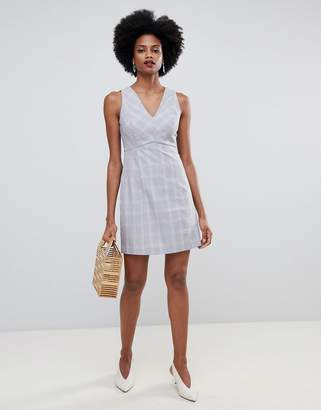 Oasis tailored shift dress with v-neck in check