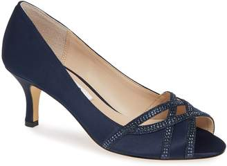 Nina Manon Pump