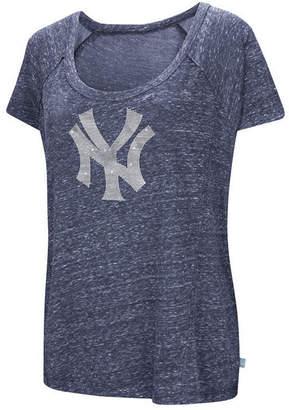 New York Yankees G-iii Sports Women's Outfielder T-Shirt