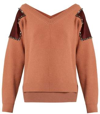 No.21 NO. 21 Embellished shoulder-patch wool sweater
