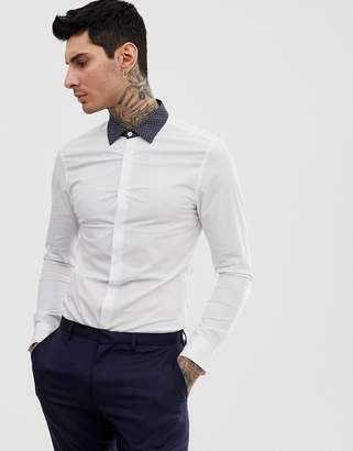 f6f27da9f9bed Asos Design DESIGN skinny fit shirt in white with contrast navy polka collar