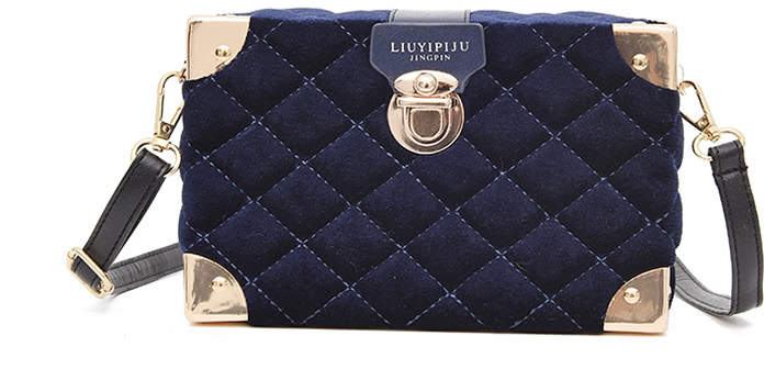 Quilted Metal Design Shoulder Bag
