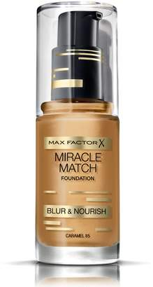 Max Factor Miracle Match Blur & Nourish Foundation