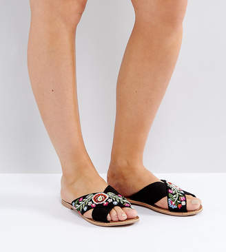 New Look Wide Fit Embroidered Cross Stap Mule