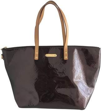 Louis Vuitton Patent leather shoulder bag