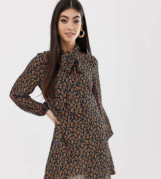 Fashion Union Petite pussybow shirt dress in floral