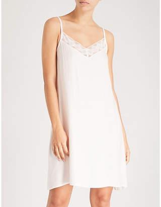 Hanro Liane lace-trimmed satin dress