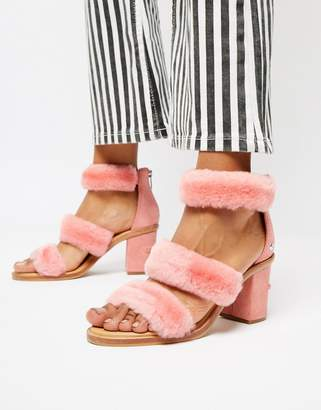 UGG Excluisve Del Rey Pink Triple Strap Fluffy Heeled Sandals