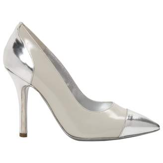 Philosophy di Alberta Ferretti Ecru Leather Heels