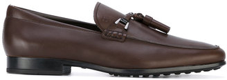 tassel-embellished loafers