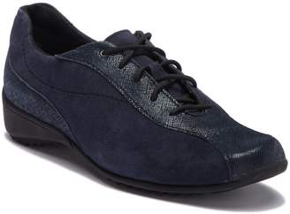 Munro American Sydney Leather Sneaker - Wide Width Available