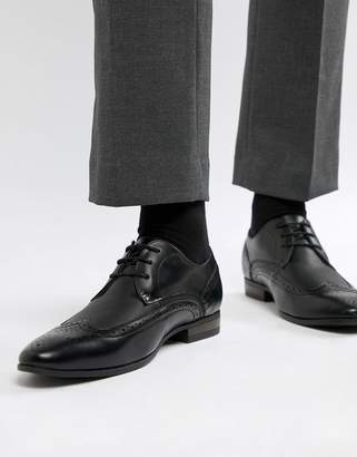 New Look Faux Leather Brogue With Embossed Detail In Black
