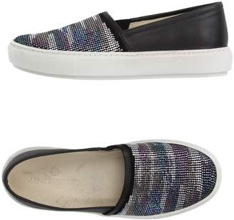 Janet Sport Low-tops & sneakers - Item 11182843HK
