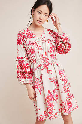 Vineet Bahl Thomasine Embroidered Floral Tunic