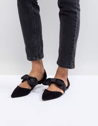 Bershka Bow Tie Pointed Flat Shoe