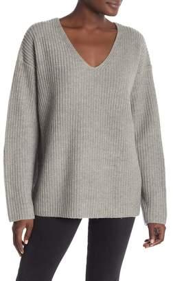 Frame Round V-Neck Sweater