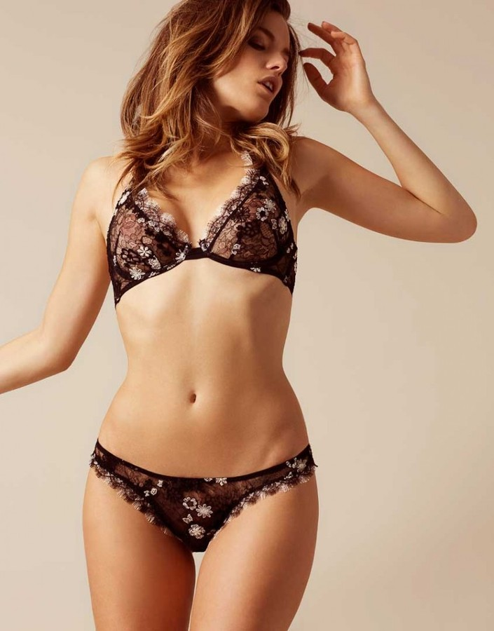 Agent Provocateur Magdelena Thong Black And Ivory