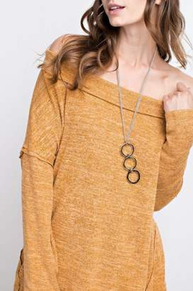Easel Off-Shoulder Soft Tunic