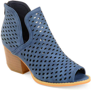 Journee Collection Womens Alaric Booties Stacked Heel Zip
