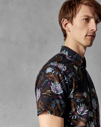 Ted Baker SSNAKE Short sleeved cotton snake print shirt