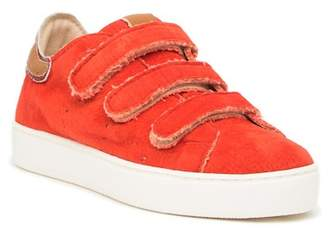 Manas Design Hook-and-Loop Strap Sneaker