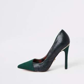 River Island Dark green croc fold front pumps