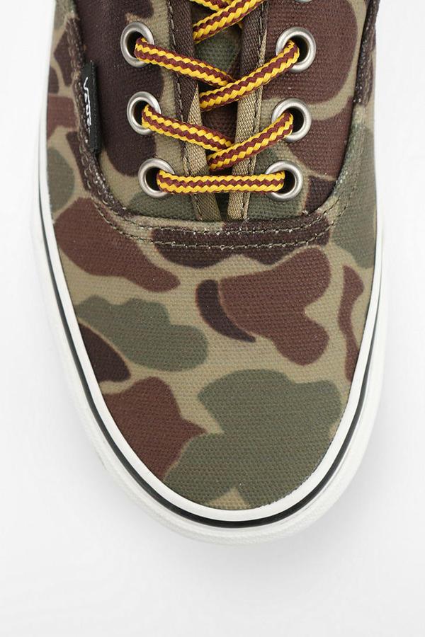 Camo Vans Authentic Women's Sneaker