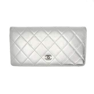 Chanel Timeless/Classique Silver Leather Wallets