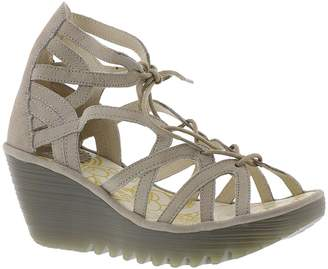 Fly London Women's Yuke663fly Platform Sandal
