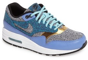 Women's Nike Air Max 1 Se Sneaker $130 thestylecure.com