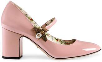 Gucci Patent leather mid-heel pump with bee