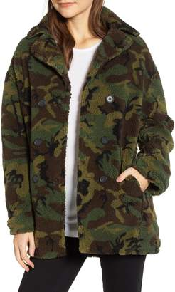 Pam & Gela Oversize Fleece Camo Coat