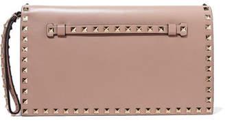 Valentino Garavani The Rockstud Leather Clutch - Blush