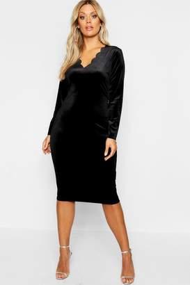 boohoo Plus Velvet Scallop Edge Bodycon Dress