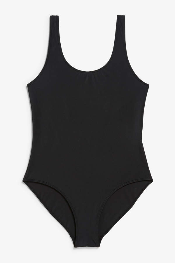 High-leg swimsuit
