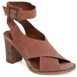Bella Vita Lil Ankle Wrap Sandal (Women)