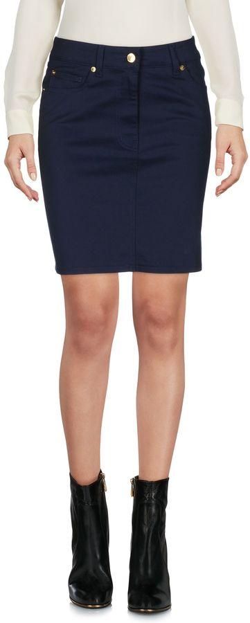 Love MoschinoLOVE MOSCHINO Mini skirts