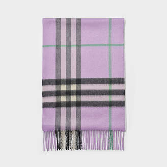 Burberry Giant Icon Scarf In Black Check Cashmere