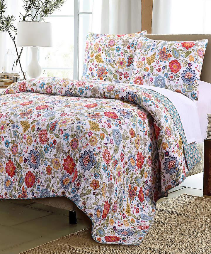 White & Blue Astoria Cotton Quilt Set
