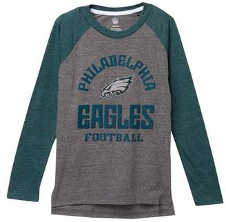 Classic Philadelphia Eagles NFL Gridiron Long Sleeve Raglan T-Shirt (Big Boys)