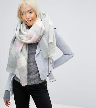 Stitch & Pieces Check Boucle Scarf with Tassels in Pink Check