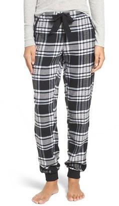 Make + Model Plaid Flannel Lounge Pants $39 thestylecure.com