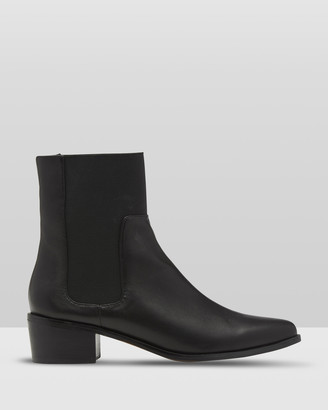 Oxford Audrey Leather Boot