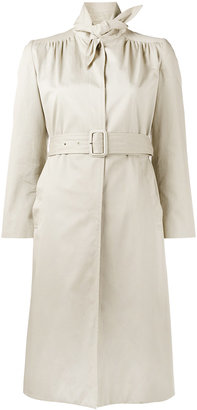 Scarf trench